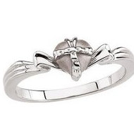 The Gift Wrapped Heart Ring