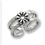Sterling Silver Antiqued CZ Flower Toe Ring
