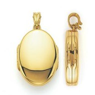 Victor Mayer Four Photo 18K Yellow Gold Locket
