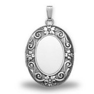Sterling Silver Oval  Antique  Picture Locket