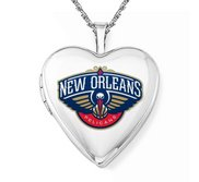 14k White Gold New Orleans Pelicans Heart Locket
