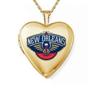 14k Yellow Gold New Orleans Pelicans Heart Locket