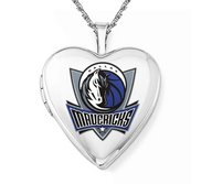 14k White Gold Dallas Mavericks Heart Locket