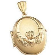 Solid 14K Yellow Gold Oval Claddagh Locket
