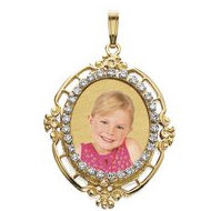Small Oval Diamond Frame Photo Pendant Picture Charm