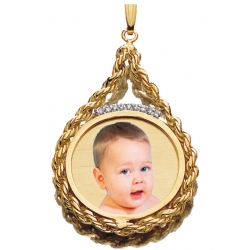 Roped Round w 9 Diamonds Photo Engraved Pendant