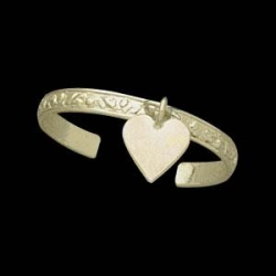 14K Yellow Gold Teen Etched Heart Toe Ring