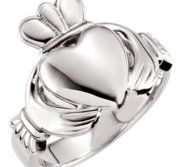 Solid Men s Claddagh Ring