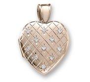 18k Premium Weight Yellow Gold Hand Engraved Heart Diamond Locket
