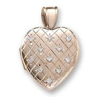 18k Premium Weight Yellow Gold Hand Engraved Heart Diamond Locket